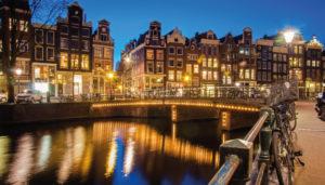 Move Guida business travel Amsterdam BCD Travel Italia